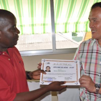 Maître Sun Fa est sollicité par la fédération de Wushu de Côte d'Ivoire pour former ses élites