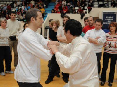 combats combinés à mains nues avec maître Sun Fa à l'Académie Tian Long