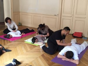 Pratique du massage à l4académie Tian Long